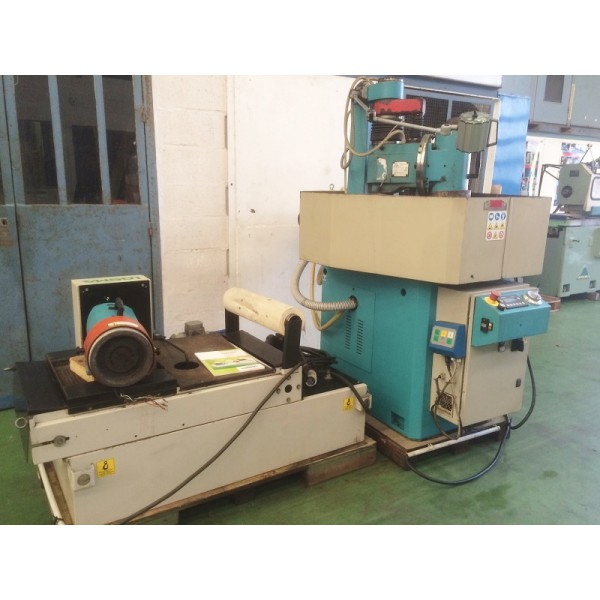 Surface Grinder With Horizontal Wheel And Rotary Table